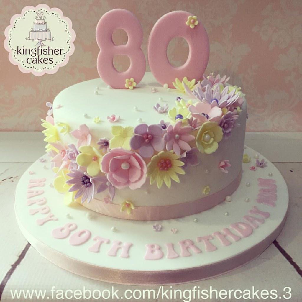 Last Nights 80th Birthday Cake A Beautiful 8 Flower Cas Flickr