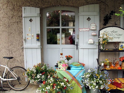 Giverny shops | by Coanri/Rita