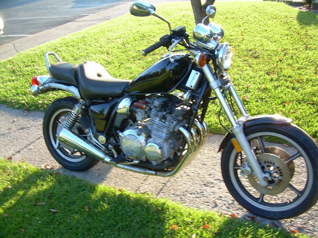 1985 yamaha xj700 maxim i like the yamaha xj motors. Black Bedroom Furniture Sets. Home Design Ideas