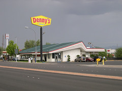 Denny's Coffee Shop, Opened in 1965 | by Roadsidepictures
