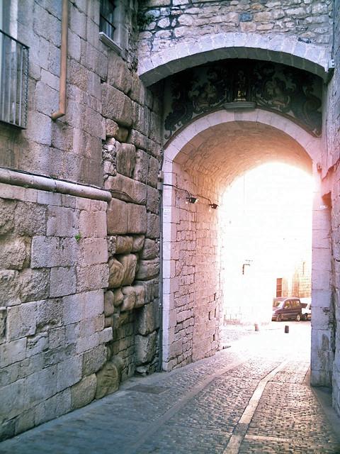 Muralla Romana De Gerunda Girona Arco De Sobreportes De Flickr
