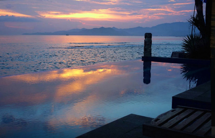 infinity pool beach house. The Villa Also Stands Next To A Beautiful Infinity Pool Situated Right On Beach, Where You Can Enjoy Sunset Every Day. Beach House T