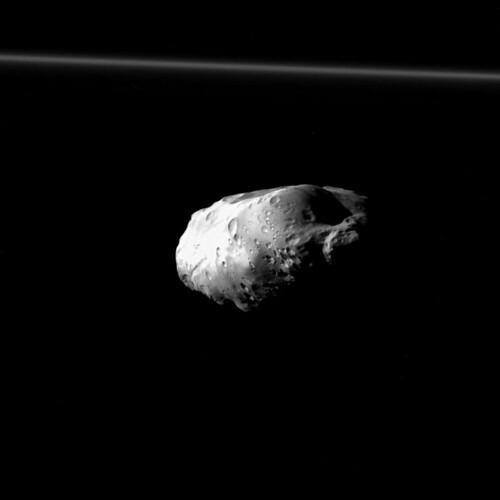 VCSE - Mai kép - Prometheus és az F-gyűrű
