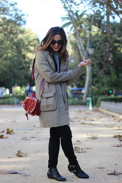 Chaleco negro_Rojo Valentino Blog (11)