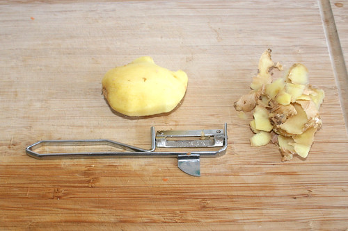 18 - Ingwer schälen / Peel ginger