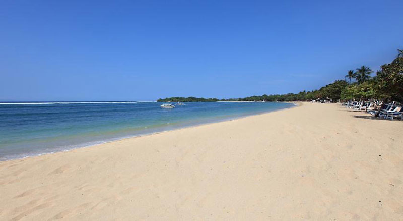 Nusa Dua Beach Hotel & Spa Beach View
