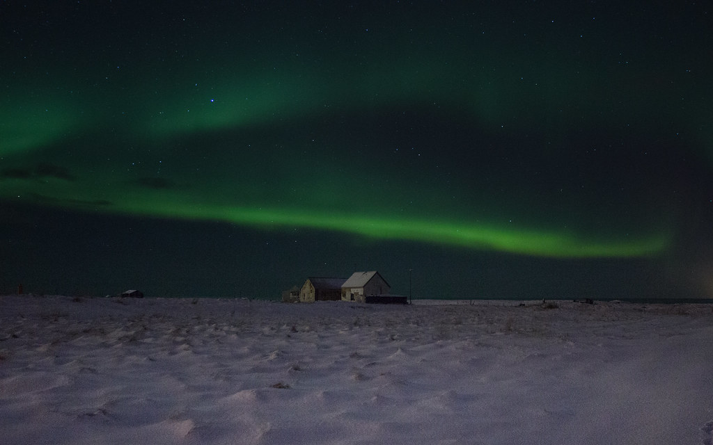 Photographing the northern lights in Iceland with Arctic Shots
