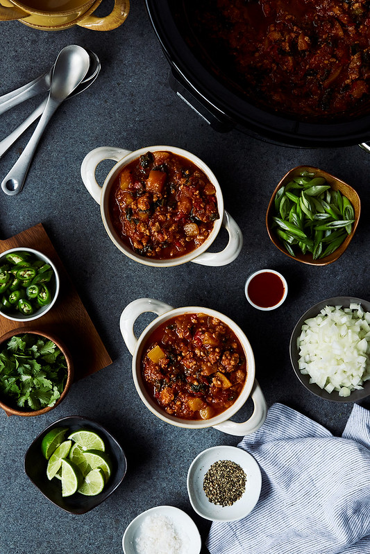 Crock-Pot Chicken Chili with Squash and Kale