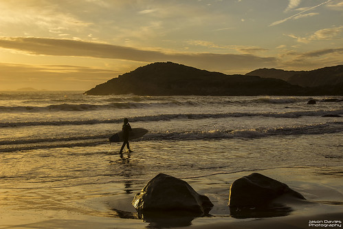 surfer at whitesands