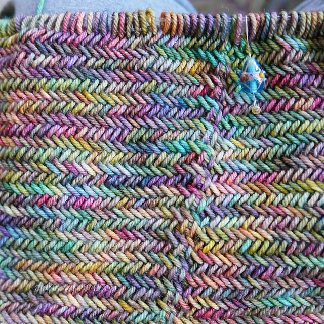 close up of herringbone stitch cowl