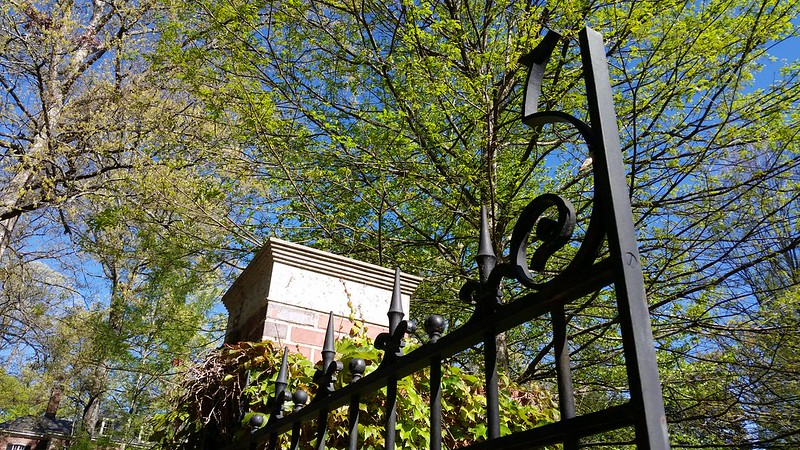 20170408_103606 2017-04-08 Neel Reid 2922 West Andrews classic Georgian gate post iron work