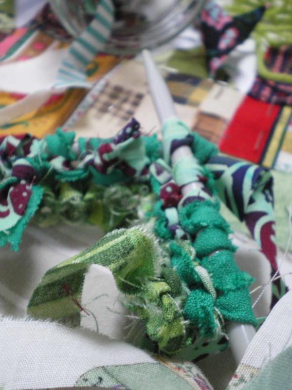 Atelier - Tricoter des bandes de tissus