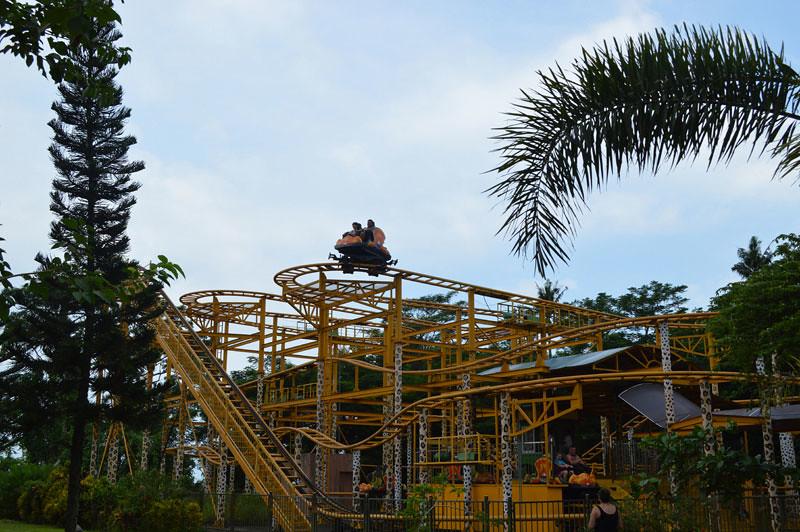 9, Spinning Coaster