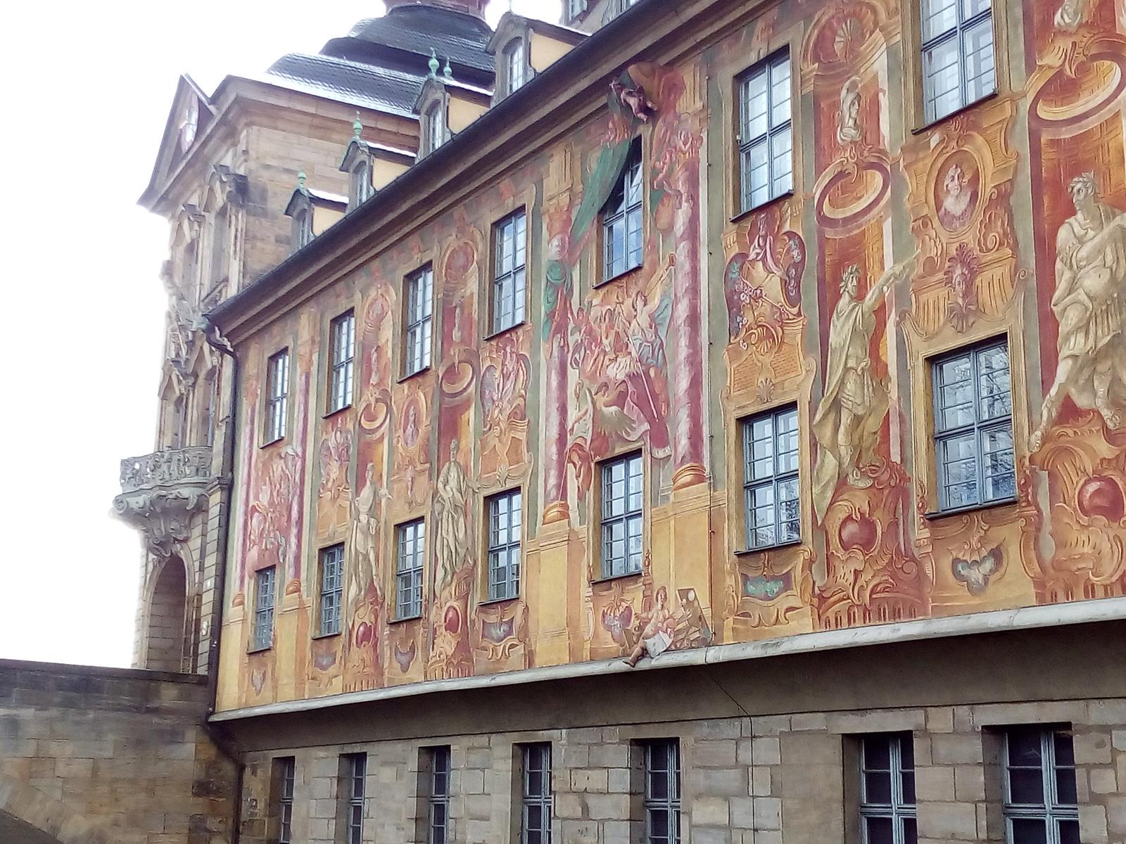 Bamberg - Arquitetura, pintura com perna de anjo em 3d