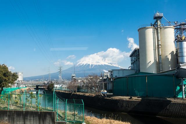 岳南電車の車窓から見た景色