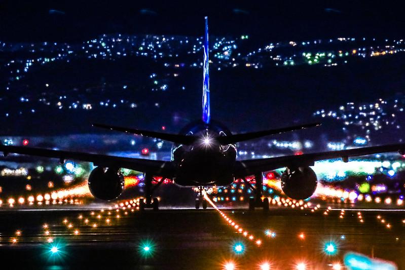 伊丹空港 千里川土手 夜景