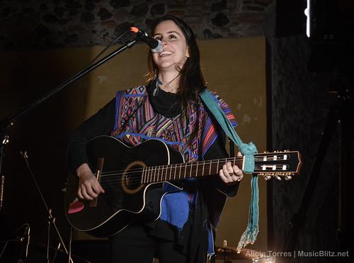 Paz Quintana @ Latino Folka Fest