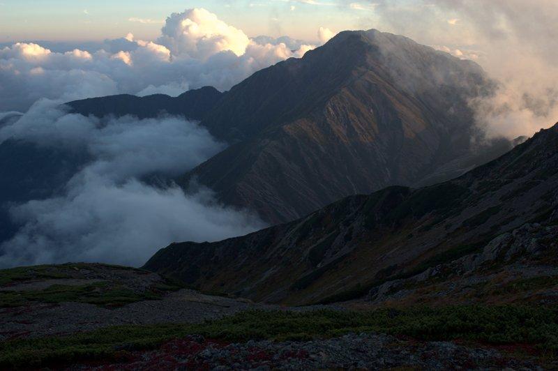 夕照の赤石岳