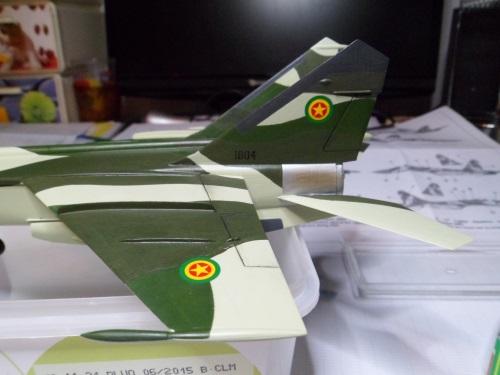 Pas-à-pas : MiG 25 Foxbat [Condor 1/72] - Page 3 32154846482_41226fa070_o