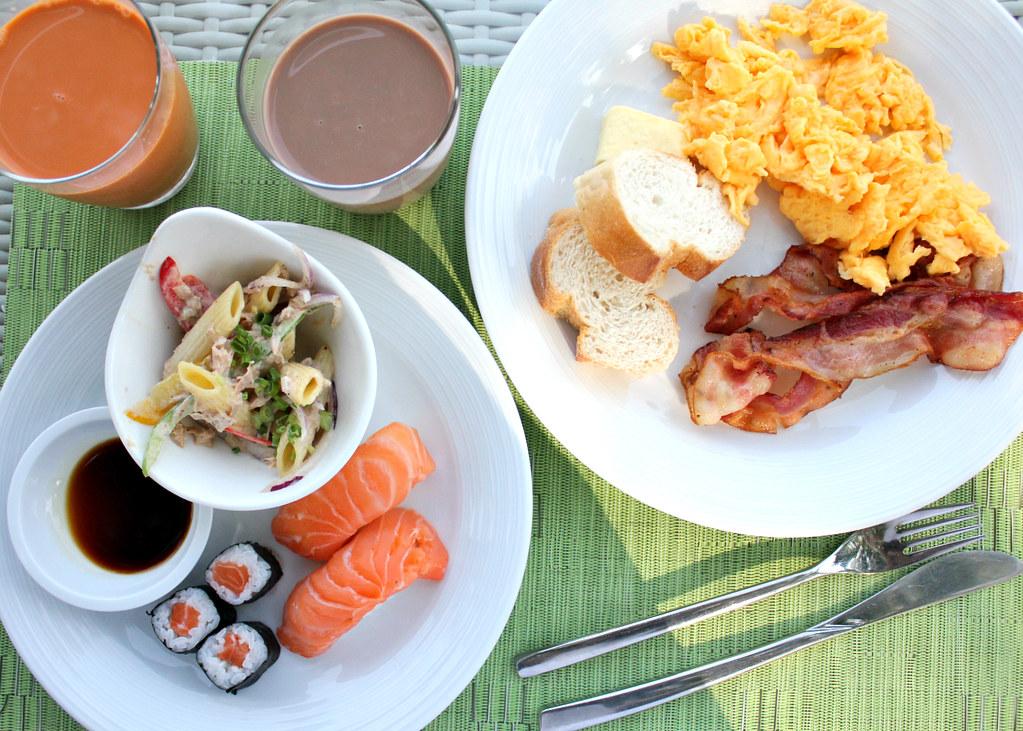 breakfast-banyan-tree-phuket