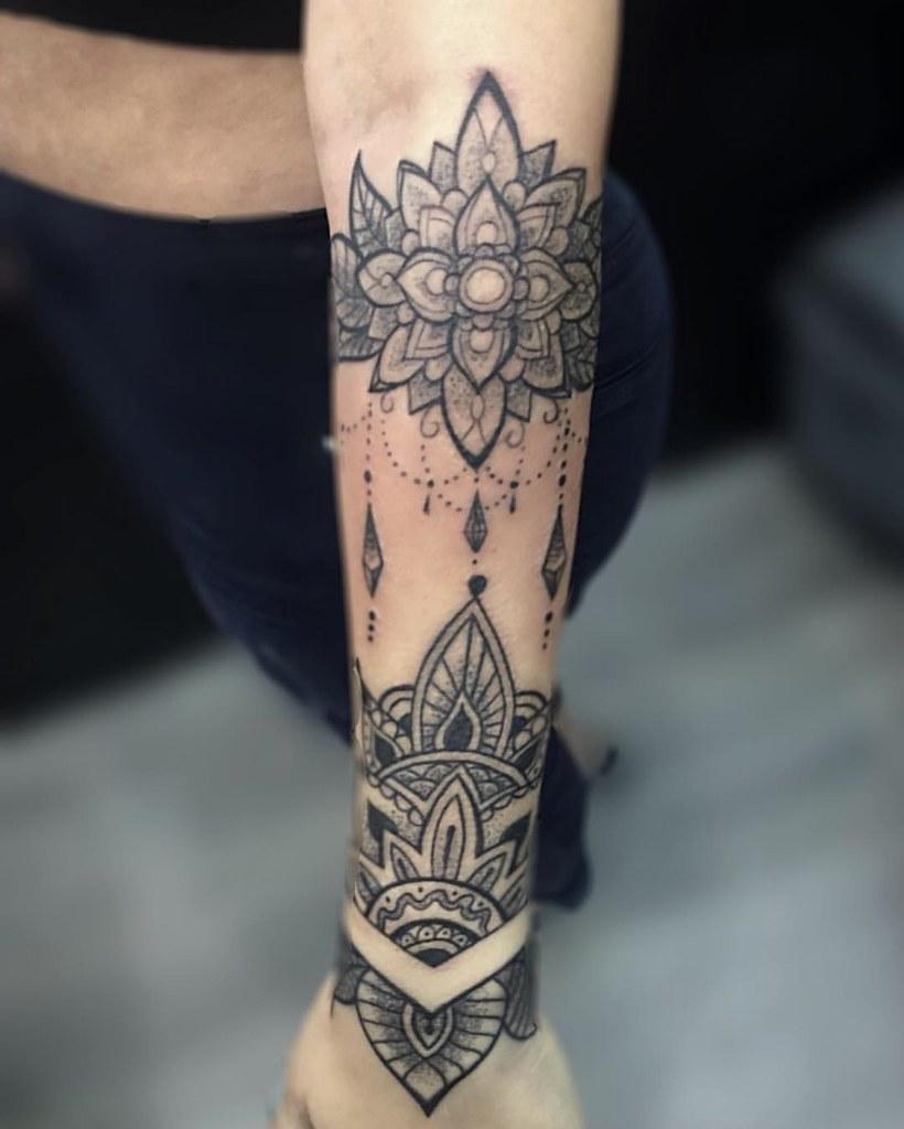 Poblado Medellin Tattooedgirls Mandalas Freehand Lin Flickr