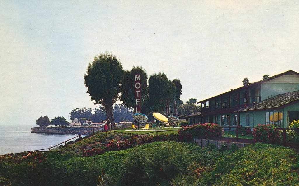 Sea and Sand Motel - Santa Cruz, California