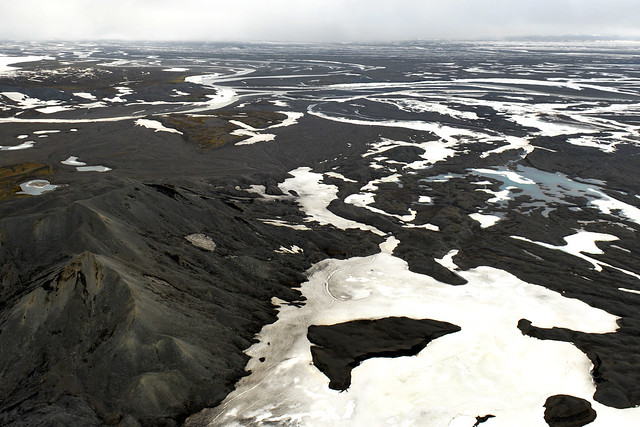 Paisajes de Islandia desde el aire en avioneta