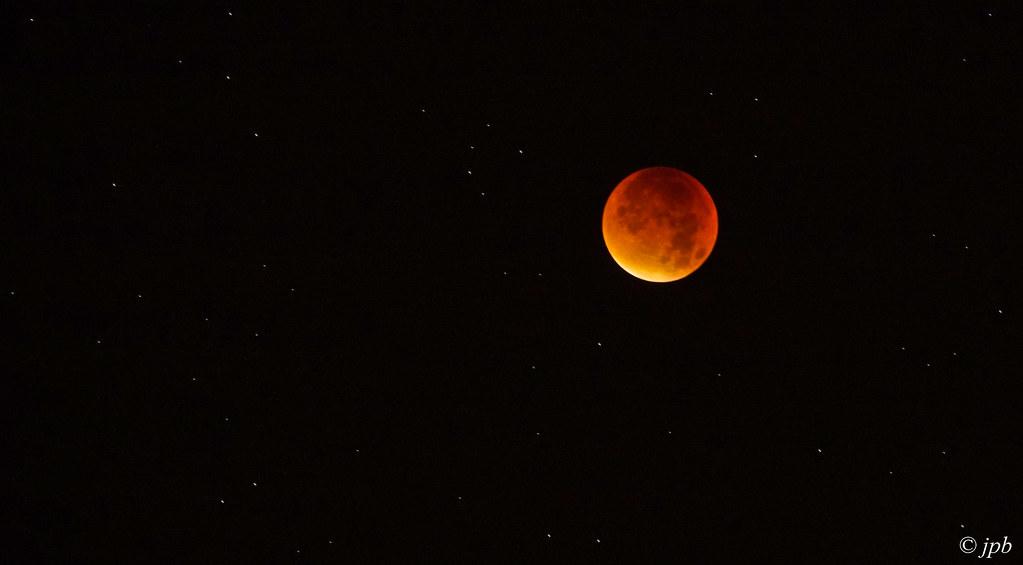 lightroom_5854_ l'éclipse de lune cette nuit !!