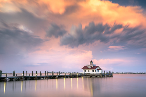 Roanoke Marshes Lighthouse - Manteo, NC | by eddit