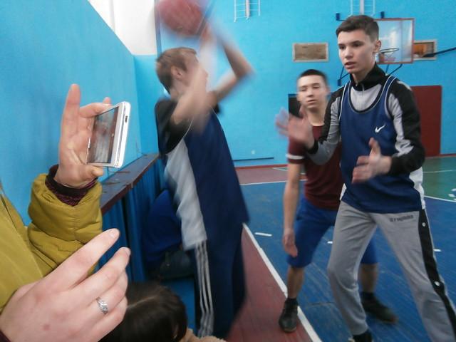 Баскетбол-Юнаки