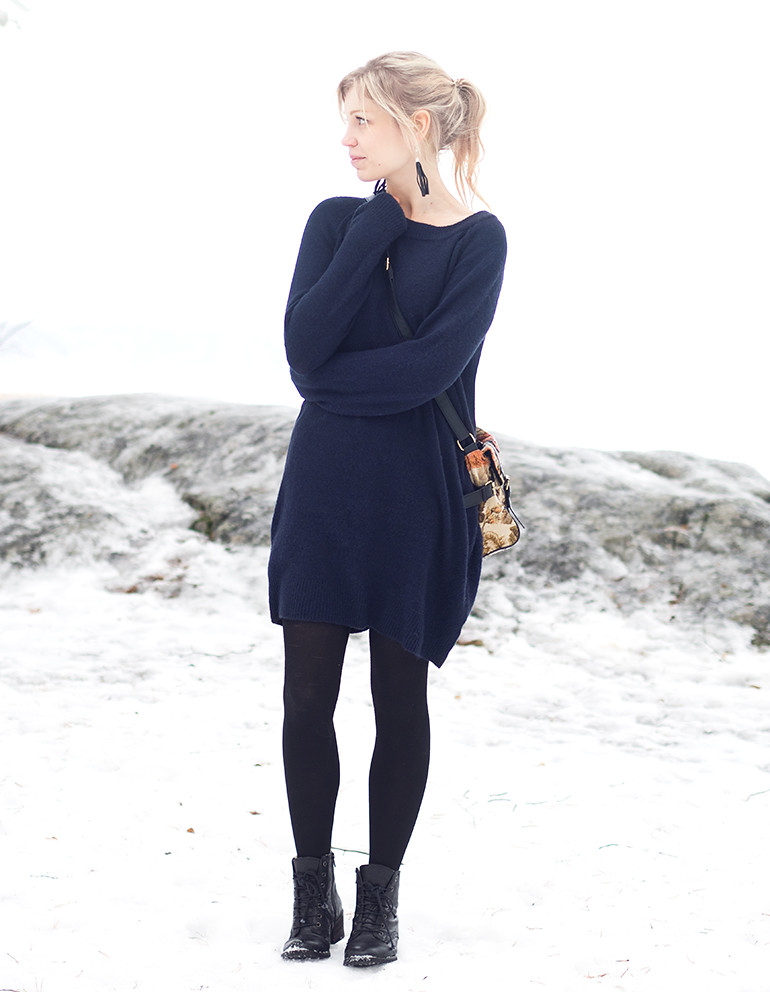 ootd-winter-knit-dress-blue