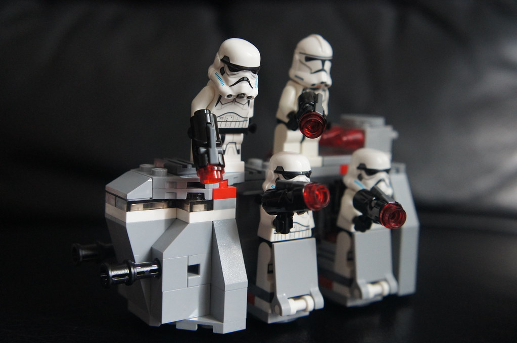 LEGO Minifigures - Stormtroopers | Stormtrooper pack from St… | Flickr