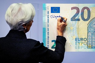LeGarde signs Euro note