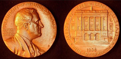 FDR on Philadelphia Mint visitor's medal