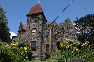 Castle H.L. Townsend