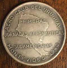 Aero club del Uruguay medal reverse