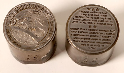 Apollo Space Flight Medal Dies