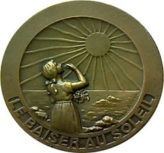 French medal given to tuberculosis survivors obverse