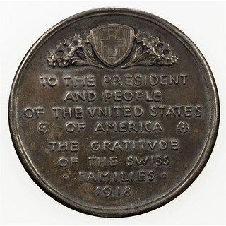 1918 Gratitude of The Swiss Families Medal reverse