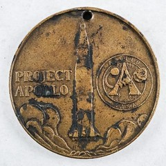 Apollo 11 Project Medal obverse