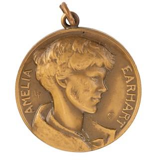 Amelia Earhart Medal obverse