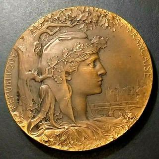 1900 Paris Exposition medal obverse