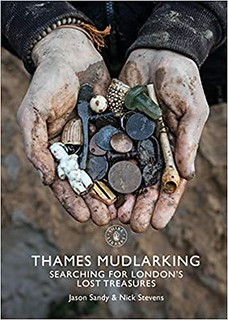 Thames Mudlarking book cover