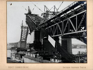 Sydney Harbour Bridge construction