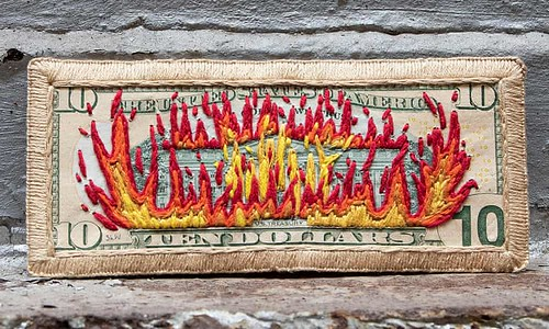 Embroidered banknote $10 flaming White House