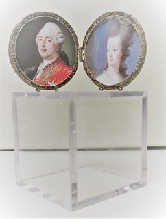Maria Theresa Thaler picture frame open