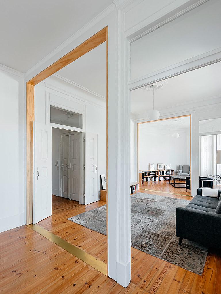 Classic apartment interior in the Lisbon Sundeno_07