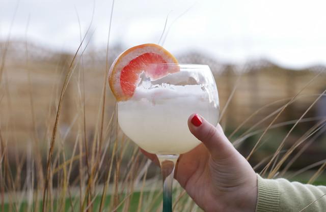 Jasmine Fizz Cocktail for Spring