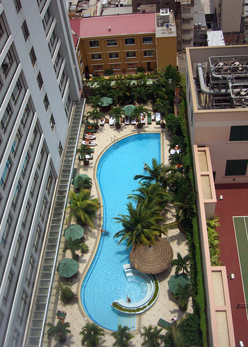 Cripes! That Isn't Our Hotel's Pool! | by brady frequent traveler and eater