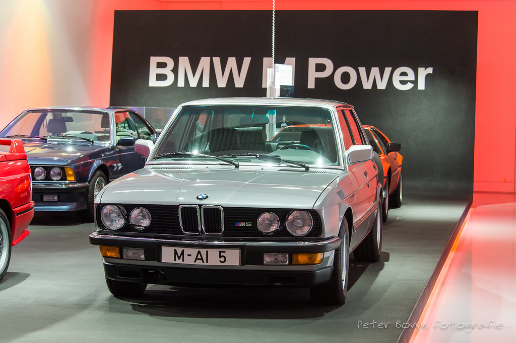 BMW M5 - 1984   E28 1984 - 1988 In 1984, BMW presented the f…   Flickr